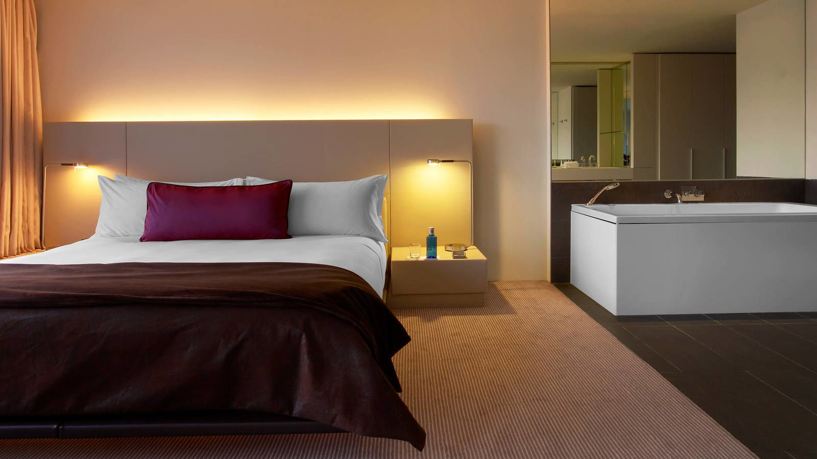 W hotels barcelona w barcelona rooms best rates for W hotel bedroom designs